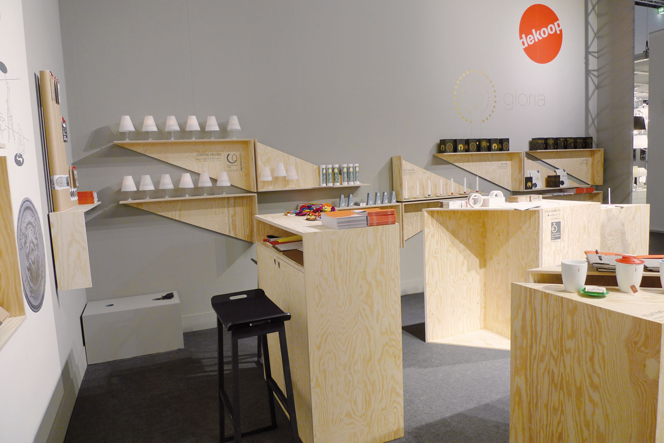 Laura, Wolfram, Messestand, dekoop, Möbel, Produkdesign