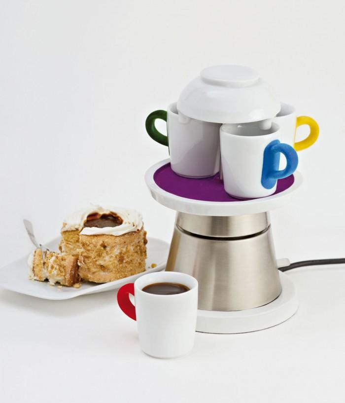 Laura, Wolfram, Design, Bauhaus Universität, plastic fantastic, Tassenkarusell